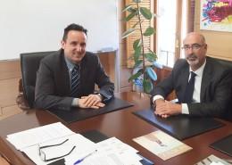 Rodríguez Osuna y Herrera de la Morena durante la firma de la adhesión de Moralzarzal a VioGen, el pasado 6 de abril