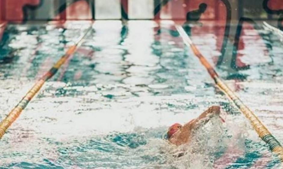 Ii homenaje solidario de relevos a nado en la piscina for Piscina moralzarzal