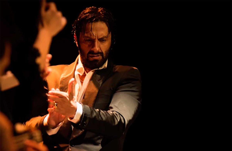 Rafael Amargo da palmas durante su actuación en Moralzarzal