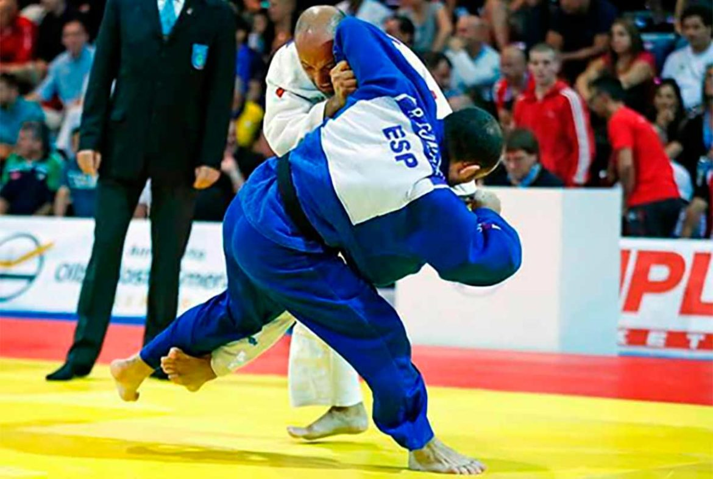 El judoka Rubén González en un combate