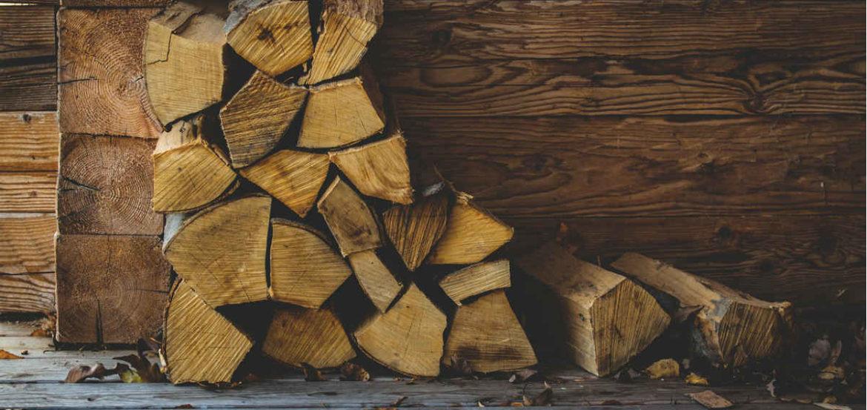 Lote de madera cortada