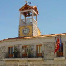 Fachada del Ayuntamiento de Moralzarzal