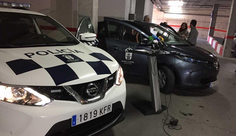 Los dos nuevos coches de la flota municipal de Moralzarzal