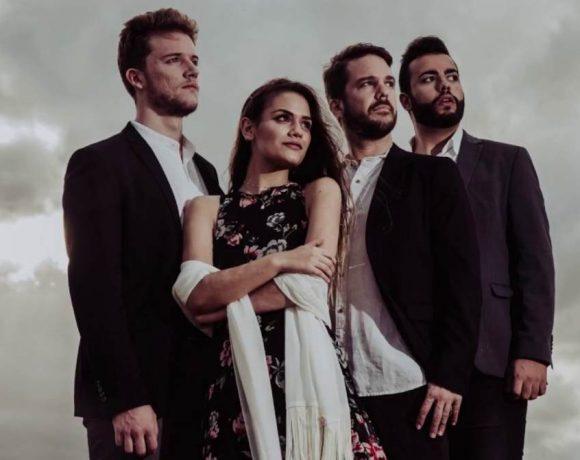 Los cuatro miembros de la formación vocal Cantoría