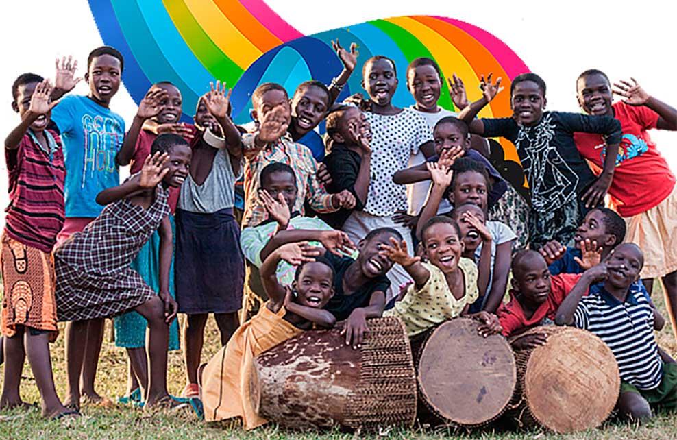 Un grupo de niños del Coro Safari de Uganda