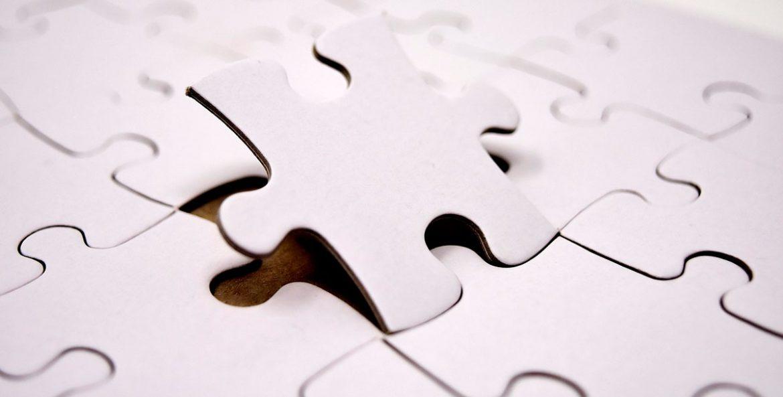 Fichas de puzzle blancas