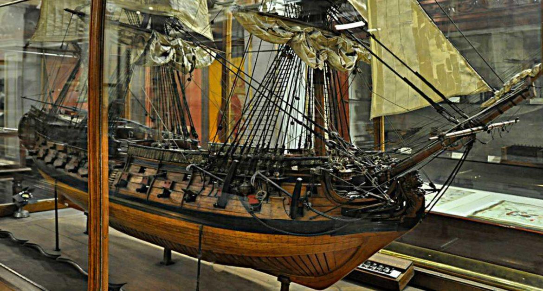 Salida Cultural para Mayores: Museo Naval y Belén del Ayuntamiento ...