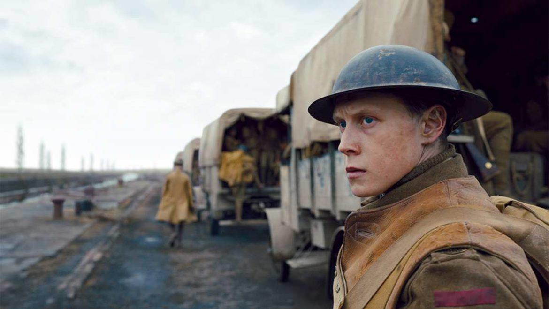 primer plano de un actor caracterizado de soldado británico en la I Guerra Mundial