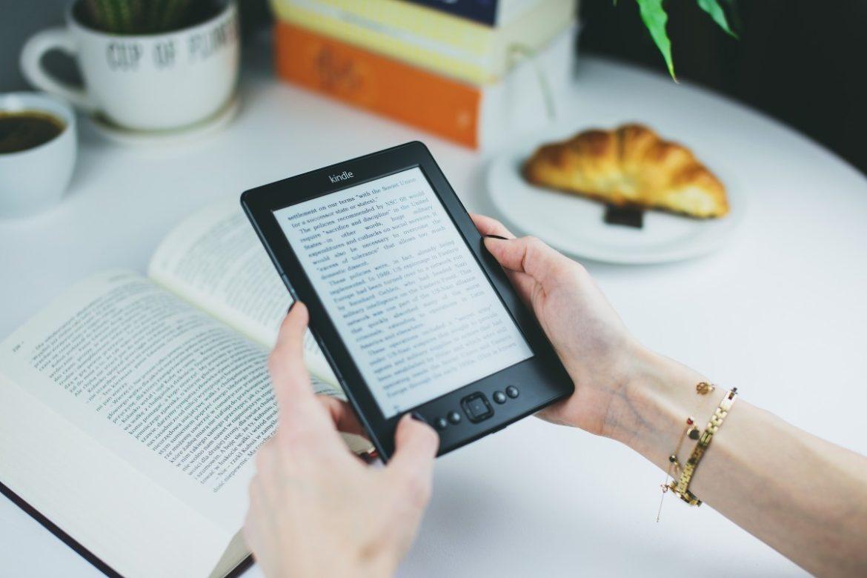 Quédate en casa leyendo