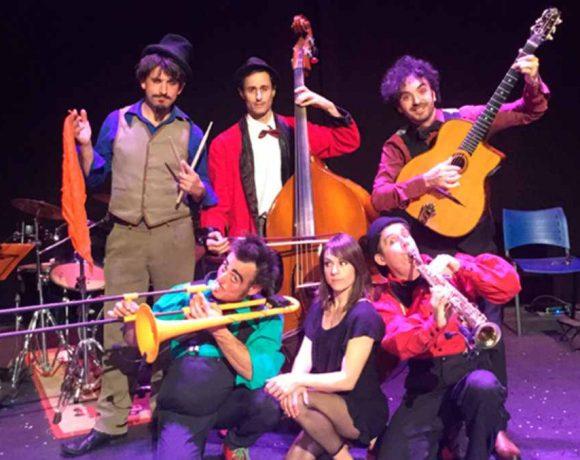 Elelenco de Circus Band con instrumentos musicales