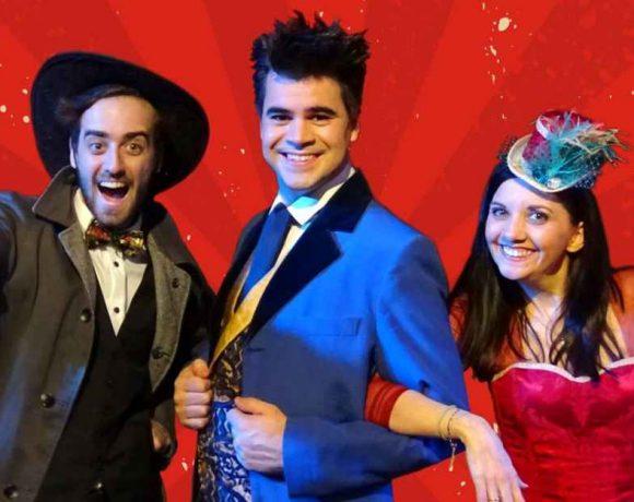 Un mago y dos personajes